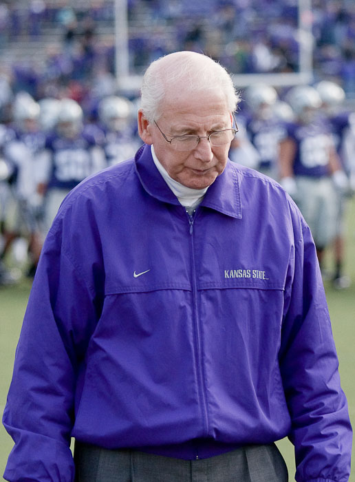 Kansas State Wildcats head coach, Bill Snyder, slumps his shoulders as he walks off of the field after being defeated 38-12 by the Missouri Tigers on Saturday, Nov. 14, 2009 in Manhattan, Kan.
