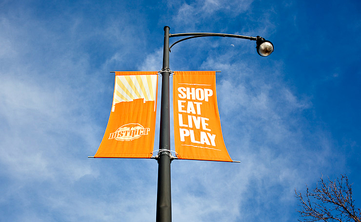 2nd Thirty Days - Day Eighteen - Shop. Eat. Live. Play. Moon!
